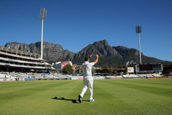 Graeme Smith: I have considered an international comeback Former South African captain, Graeme Smith, admitted that he has pondered the possibility of returning to the international game. http://www.thesouthafrican.com/graeme-smith-i-have-considered-an-international-comeback/