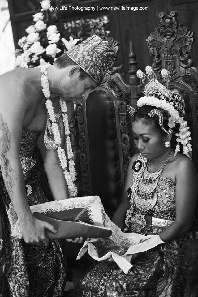 Wedding Day Adat Jawa (Indonesia) #TransnationalMarriage