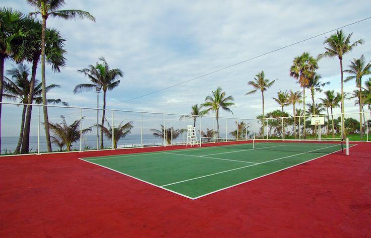 ธennis court for the visitor's amusement and bliss at Villa Gajah Puth .http://www.thebaliluxuryvillas.com/villa/villa-gajah-putih-bali/