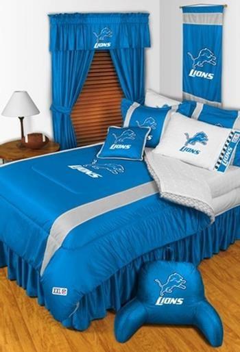 Detroit Lions Sidelines Comforter-should get tis for Jaxx's room!