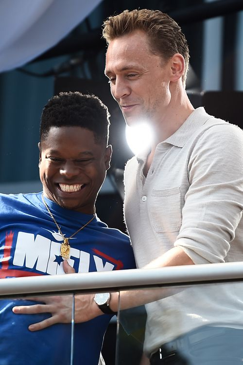 Tom Hiddleston and Jason Mitchell at Hard Rock Hotel San Diego during Comic Con International on July 22, 2016 in San Diego, California. Source: Torrilla, Weibo Click here for full resolution: http://ww4.sinaimg.cn/large/6e14d388gw1f64qb6hjouj229u1pqb29.jpg