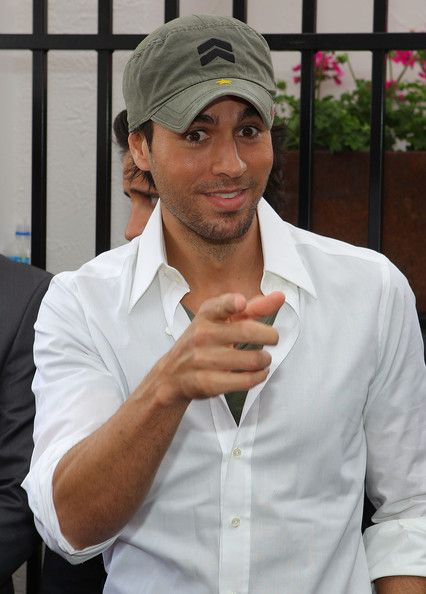 Enrique Iglesias Photos  - Celebrities Attend Emirates Melbourne Cup Day - Zimbio