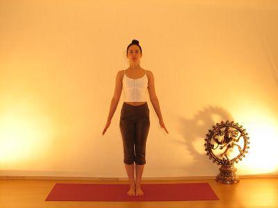 Reggeli jóga testgyakorlatok és légzőgyakorlatok