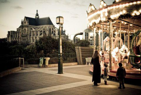 carousel-lr.jpg