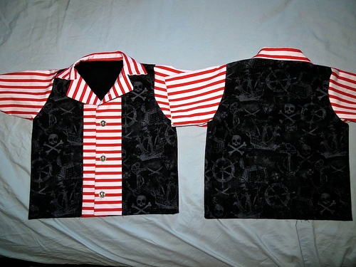 Custom Pirate Bowling Shirts for Disney World (might be the favorite thing I have ever made!)