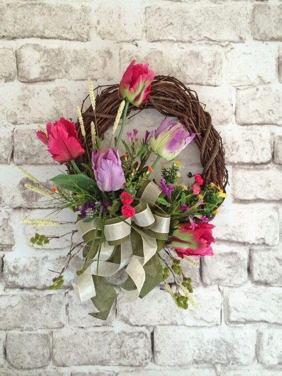 Spring Tulip Wreath, Spring Wreath, Front Door Wreath, Silk Floral Wreath,  Grapevine Wreath, Outdoor Wreath, Spring Decor,Summer Wreath