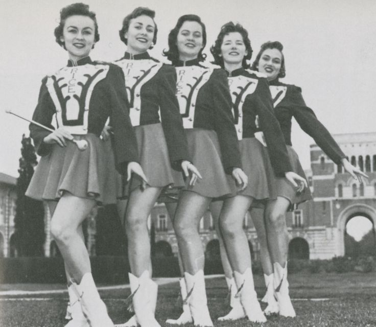 Rice Institute Majorettes Sue Carroll Brugier, Alice Carmichael (head majorette), Mary Noguess, Clair Middlebrook, Franji Hensley, 1958: Claire Middlebrook, Carmichael Head, Alice Carmichael, Mary Noguess, Carroll Brugier, Head Majorett, Institut Majorett, Majorett Sue, Franji Hensley