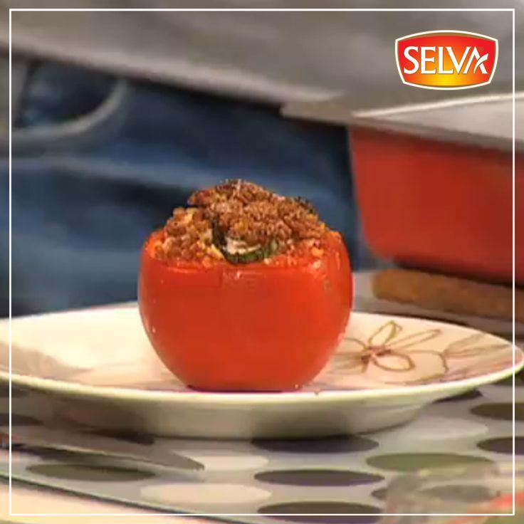 Farklı lezzetler arayanlara önerimiz: Domates dolması… Bu lezzete bayılacaksınız.