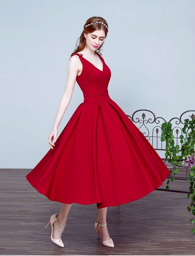 1950s Fashion Vintage Style Inspired V Neck Swing Prom Evening Wedding Dress