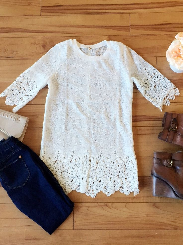 Perfect top to pair with your favorite booties! || Tunic Lace Top || #womensfallfashion