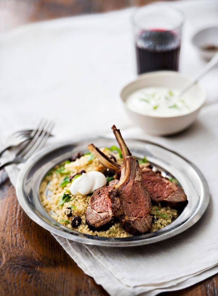 Harissamaustettu lampaankare | K-ruoka  Pohjoisafrikkalainen tulinen harissatahna maustaa lampaankareet maukkaiksi. #pääsiäinen #karitsa