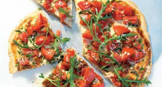 Italiaanse tomatentaart met rucola
