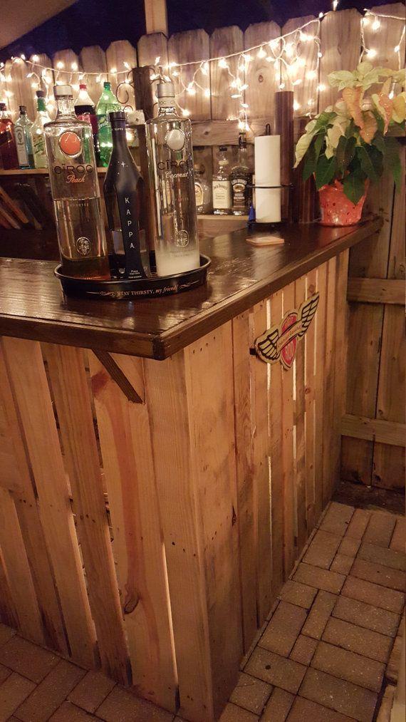 excellent barre de palettes en bois recycles with customiser un bar en bois. Black Bedroom Furniture Sets. Home Design Ideas