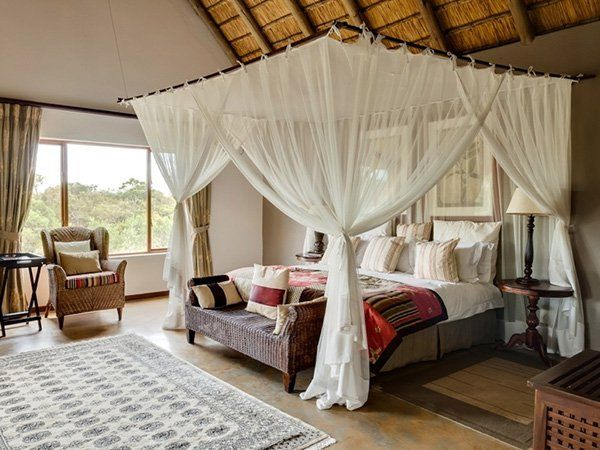 I like that the curtains don't interfere with the bed-making! :