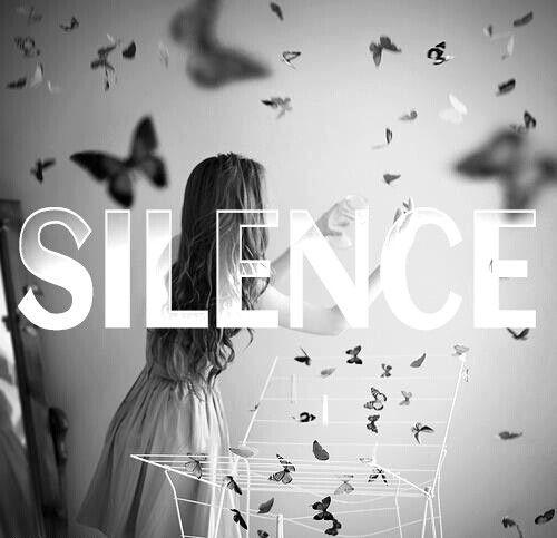 """""""Nouvre la bouche, que si tu es certains que ce que tu vas dire est plus beau que le silence..."""""""