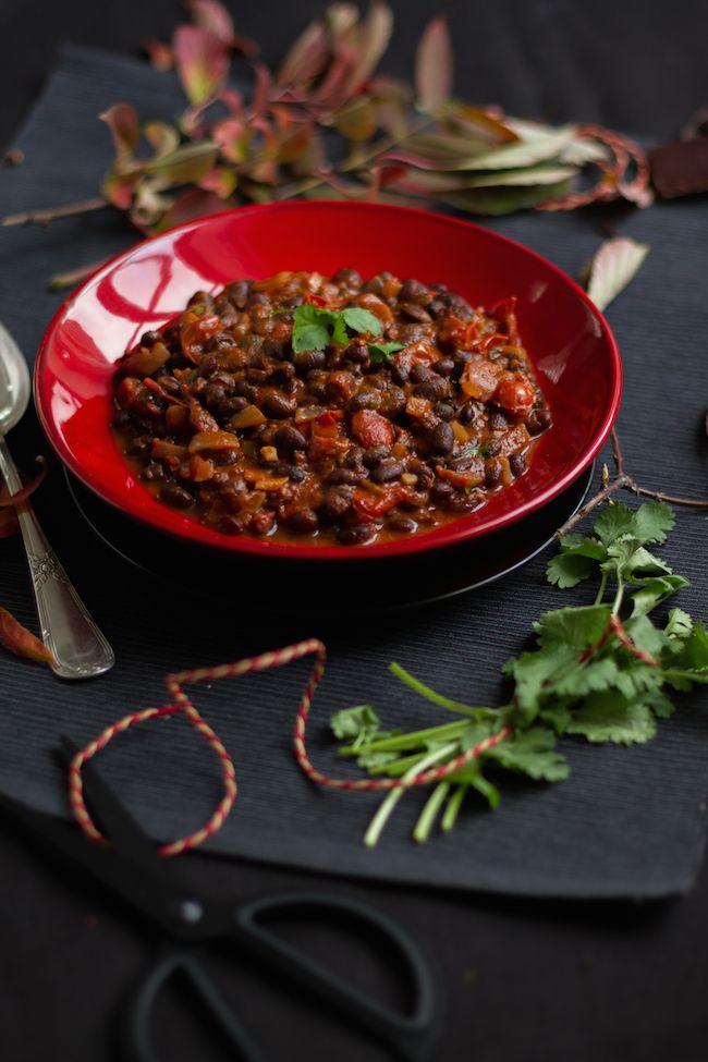 Schwarze Bohnen in Mexikanischer Mole Sauce  I  Black Beans in Mexican Mole Sauce I  haseimglueck.de
