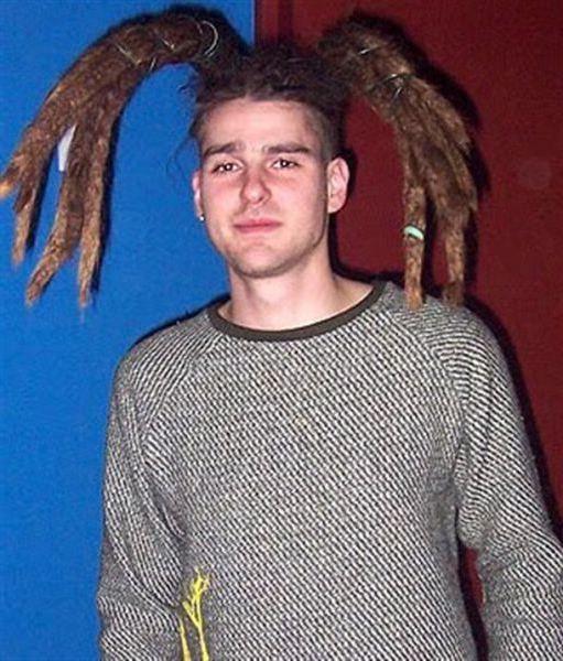 peinado-raro-coleta-rastas