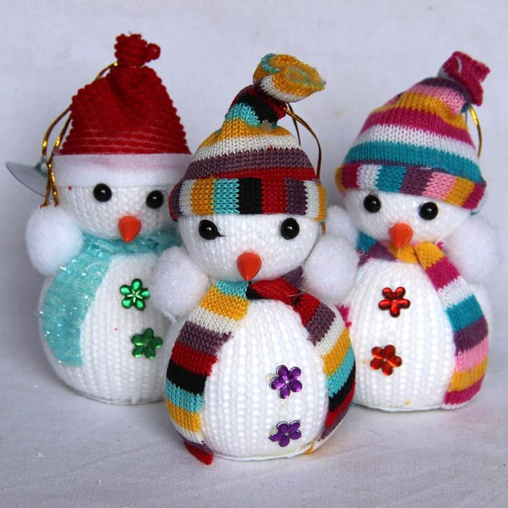 Snowman with scarves ornaments for 74¢