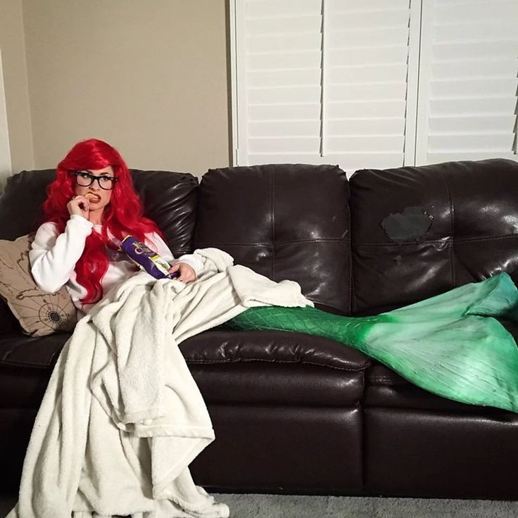 You Have to See All the Disney Cosplay from the Real-Life Hipster Ariel! | moviepilot.com