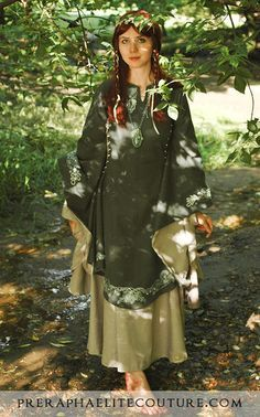 medieval gaelic clothing - Google Search