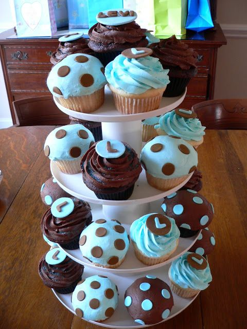 So cute! Chocolate cupcakes For more images, visit: http://sussle.org/t/Cupcake