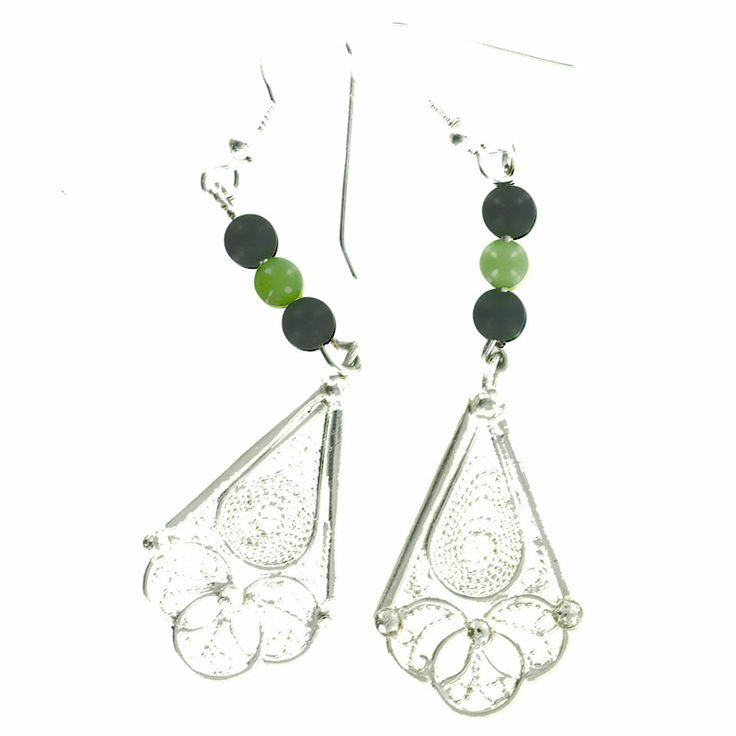 Boucles d'oreilles créateur en argent et agate verte et noir. Vente à la bijouterie Toulouse Laoula http://www.laoula-bijoux.com/boucles-oreilles-creation.htm