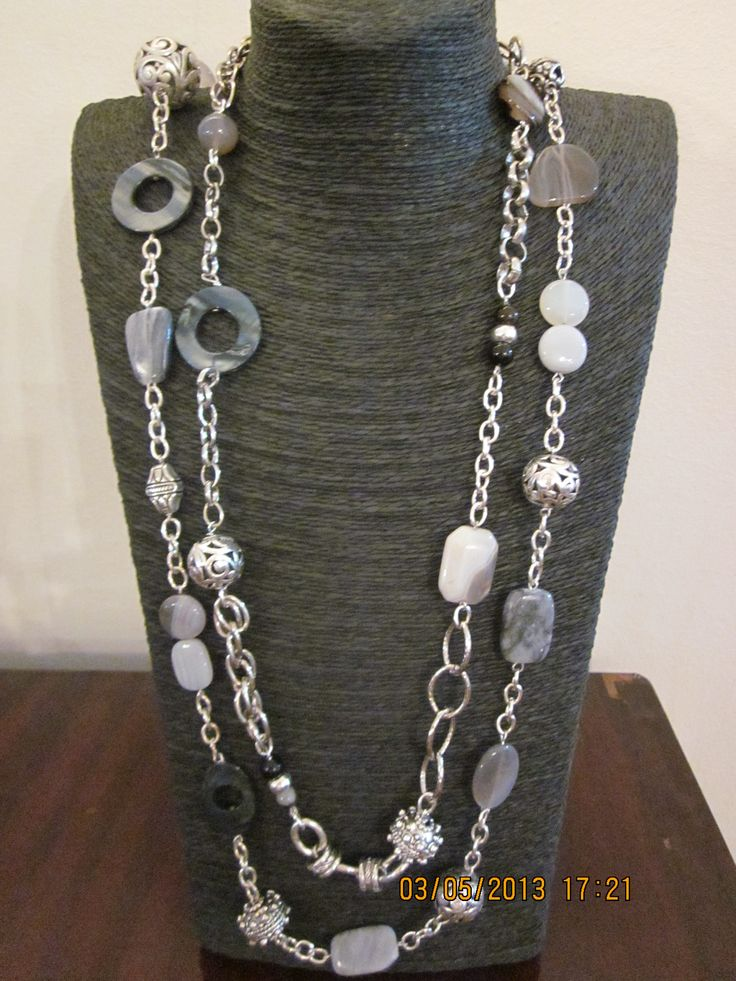 Grey agate and shell necklace
