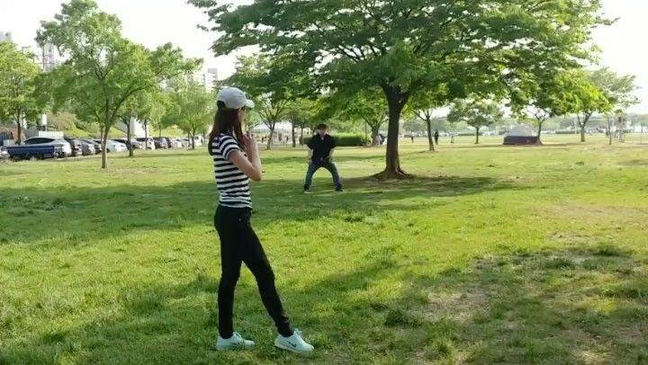 いいね!3,085件、コメント105件 ― 藤井 美菜 / 후지이 미나さん(@fujii_mina_0715)のInstagramアカウント: 「. 事前に行った練習風景⚾️ 연습동영상⚾️ #野球#야구#baseball#⚾️#넥센#始球式#시구」