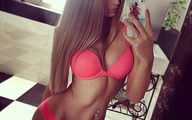 20 Hottest Fit Girls You'll See Today!