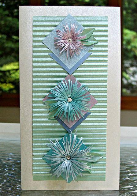 Asymmetric Fringed Flower card by Ann Martin... includes tutorial