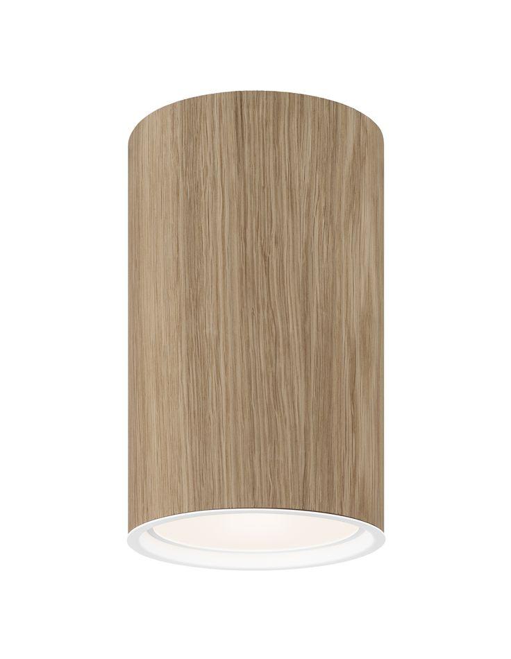 WOOD loft lampe. Olieret egefiner eller sortbejdset. Fås i andre træsorter på forespørgsel. Findes med flere lyskilder. E27, 26-32W kompaktrør, 35W metalhalogen og LED 2000 lumen.
