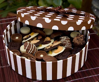 "Felices tartas: Paso a paso tarta ""caja de bombones"""