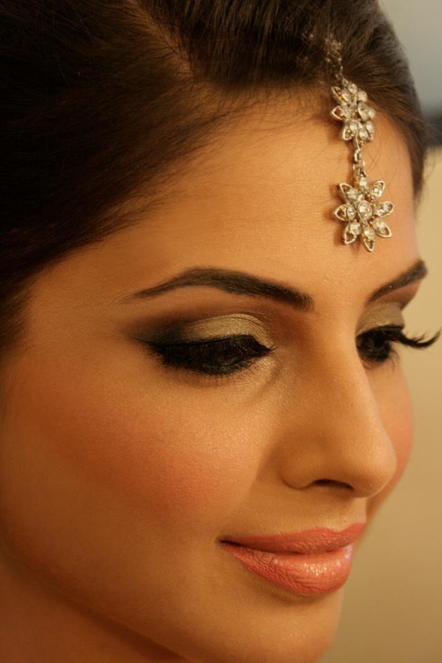 Pakistani Makeup Lashes Coral Lip Smokey Eye Blush