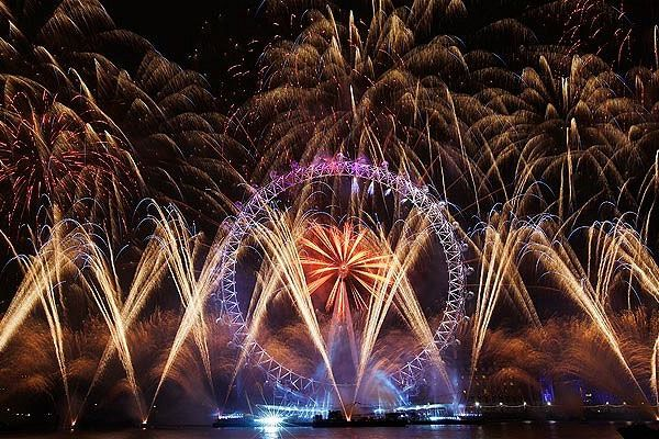 London City Guide For Londoners, Attraction, Events, Hotels, Things to do » Blog Archive London New Year Fireworks 2014 / New Year's Eve Fireworks in London