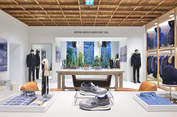 Woolrich store by Andrea Cané & Wonderwall, Milan – Italy