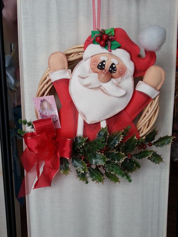 Simpatico dietroporta natalizio realizzato a mano con la gomma crepla