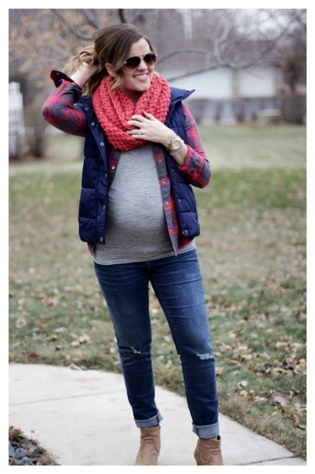 maternity style: flannel, puffer vest, chunky knit scarf. perfect casual fall/ winter outfit!