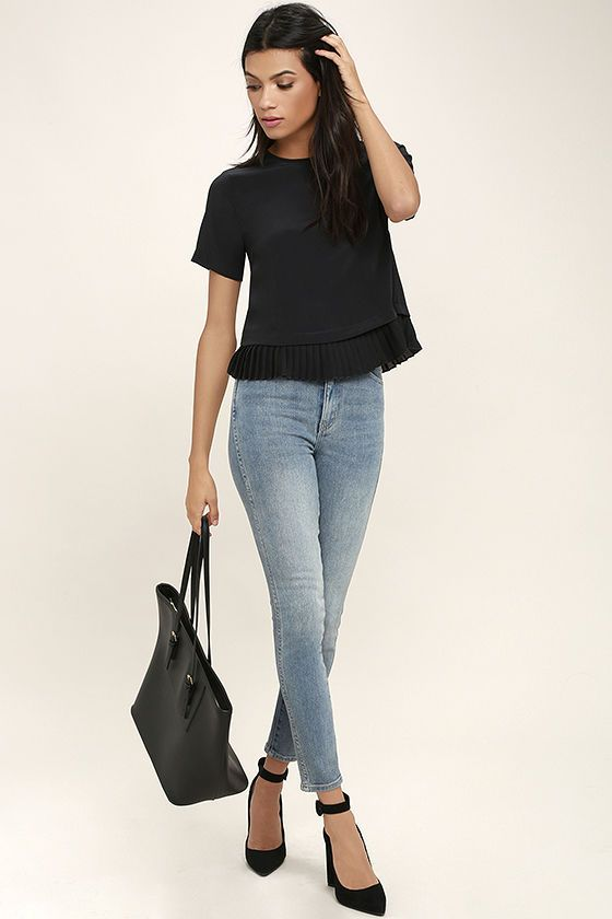 $34  Precisely My Point Black Short Sleeve Top