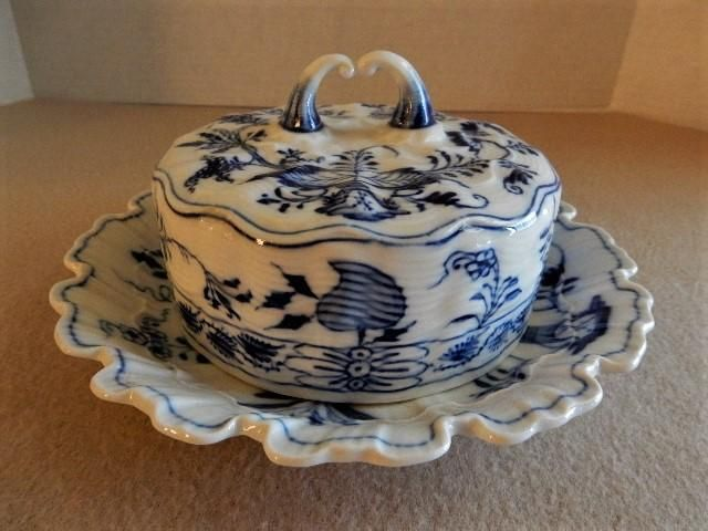 Meissen 'Blue Onion' Pattern Round Covered Butter Dish w/Attached Under-plate