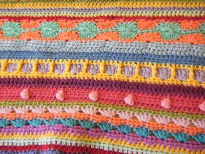 Henry's Shed: Mixed stitch blanket update