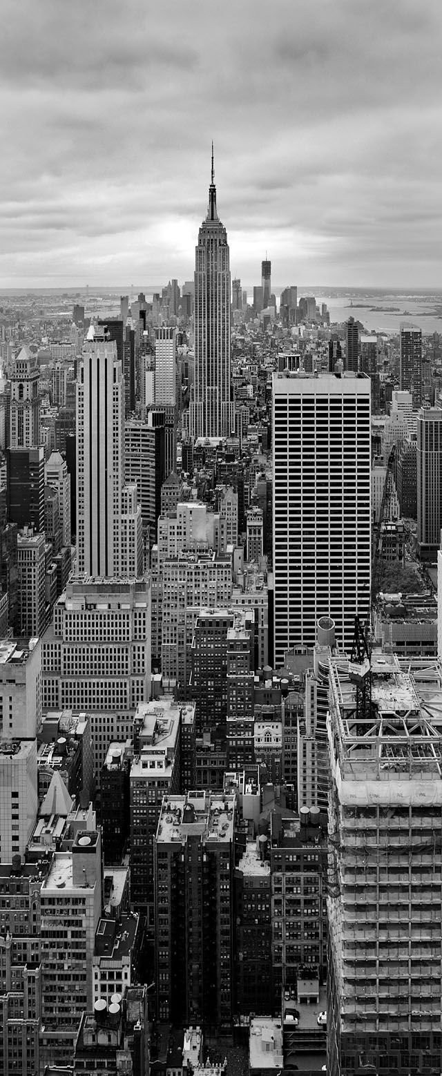 """Photographing the New York skyline"" #leica"