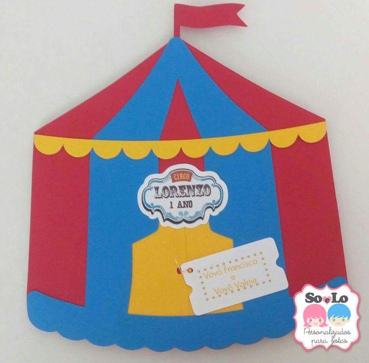 * Convite pop up Tenda Circo - vermelho, azul e amarelo;  * O convite fechado mede aproximadamente 14 cm de largura X 15 cm de altura;  * Confeccionado em papel de alta gramatura;  * A cor do papel e o texto podem ser personalizados de acordo com a cor de preferência, com a festa/tema;  * A tag c...