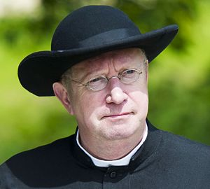 The Father Brown Mysteries: Staring Mark Williams as Father Brown