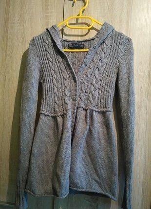 #zara #angora #sweter #zima #warkocz Kup mój przedmiot na #vintedpl http://www.vinted.pl/damska-odziez/kardigany/16375202-sweter-z-kapturem-cieply-zara-s
