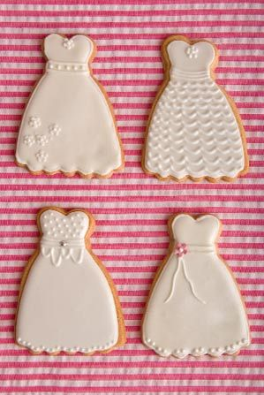 Keep the children happy with some elegant wedding cookies! Price - £5.50 per cookie.