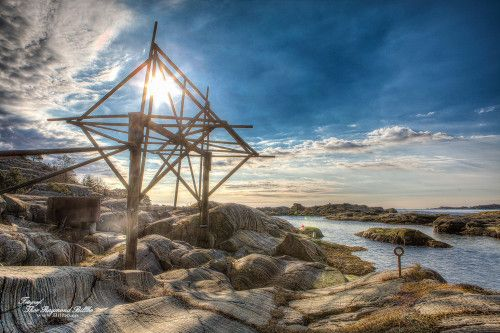 HDR picture of the norwegian coast :)