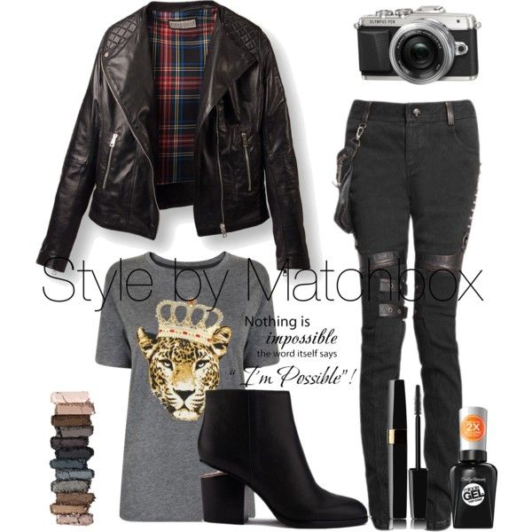 A fashion look from September 2015 featuring Juicy Couture t-shirts and Alexander Wang ankle booties. Browse and shop related looks.
