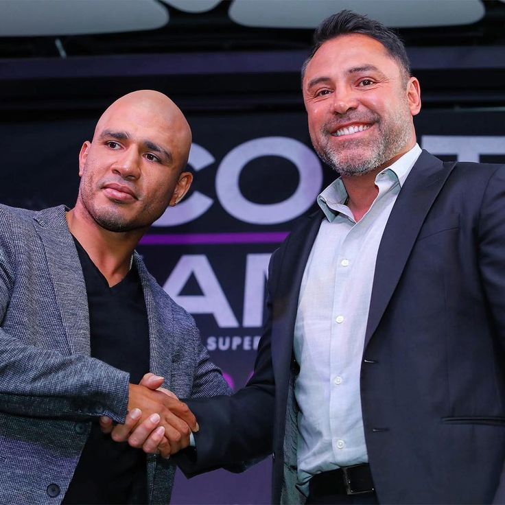 Miguel Cotto joins forces with Oscar De La Hoya 👉🏻LINK IN BIO🔝 http://www.boxingnewsonline.net/miguel-cotto-inks-multi-fight-deal-with-golden-boy-promotions/  #boxing #BoxingNews #WARCotto #CottoKamegai