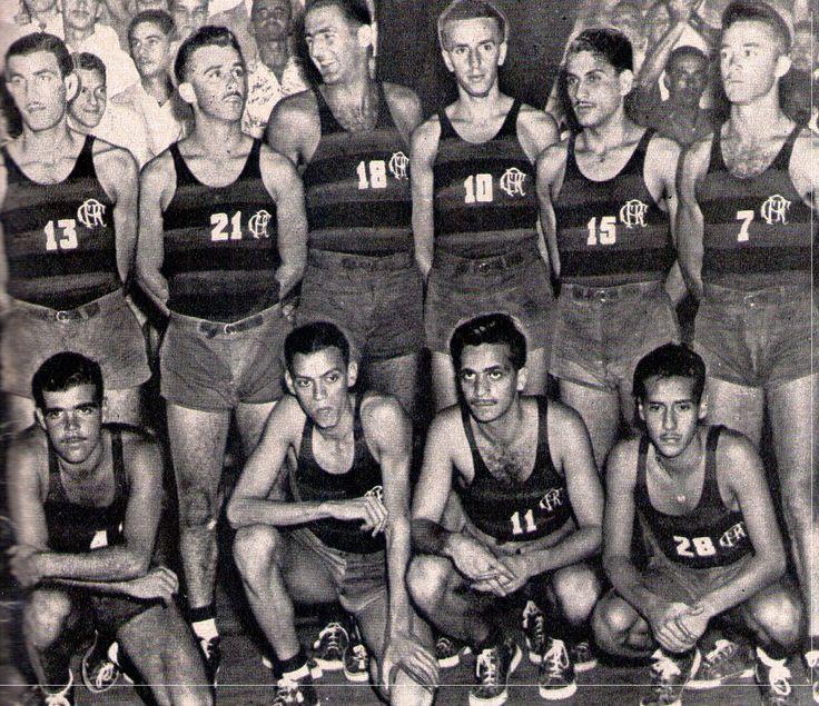 historiabasqmasc.blogspot.com1437 × 1241Pesquisa por imagem Bicampeão Carioca em 1948-49, o Flamengo perdeu o título de 50 para a Associação Atlética Grajaú (hoje chama-se Grajaú Country Club), equipe liderada dentro ...