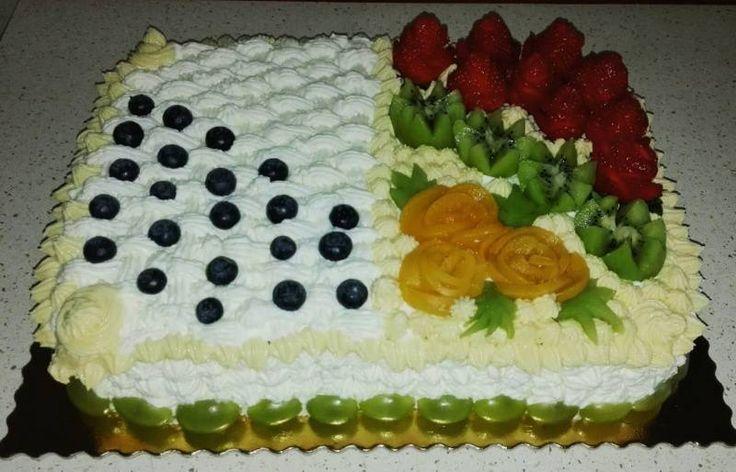 Tort - Tort śmietankowy z mascarpone i owocami